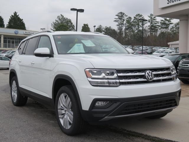 New 2019 Volkswagen Atlas 3.6L V6 SE w/Technology and 4Motion