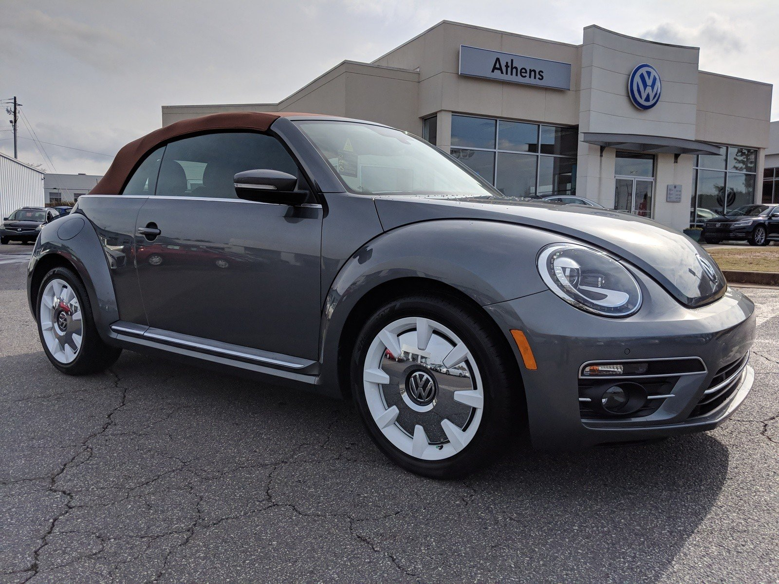 Volkswagen Beetle Convertible >> New 2019 Volkswagen Beetle Convertible Final Edition Sel Convertible