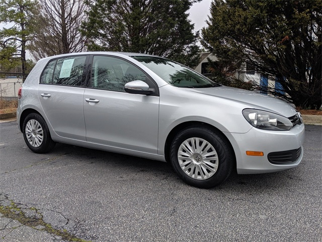 Certified Pre-Owned 2014 Volkswagen Golf 2.5L